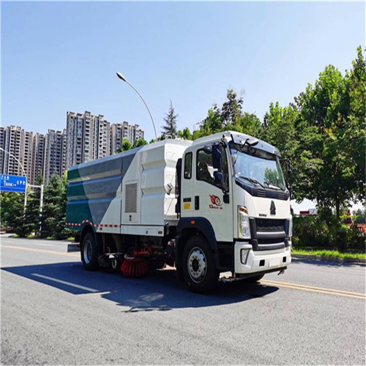 新中绿洗扫车报价,16吨公路局洗扫车