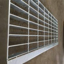 楼梯踏步板_排水沟盖板_安平钢格板_地沟盖格栅_钢格板厂家