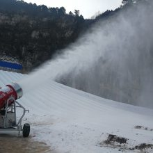 四川造雪机 高质高效的滑雪场造雪机多少钱