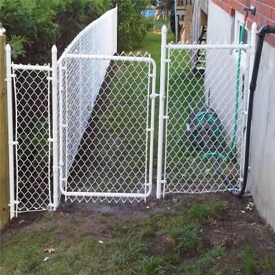 勾花护栏网厂家 勾花钢丝网 学校体育厂围栏