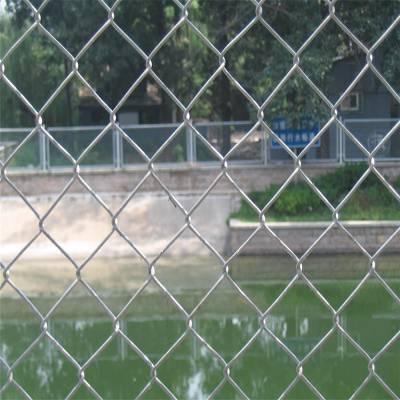旺来菱型勾花网 喷塑勾花网 篮球场围栏