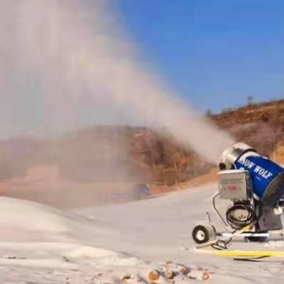 河南人工造雪机/炮式造雪机介绍